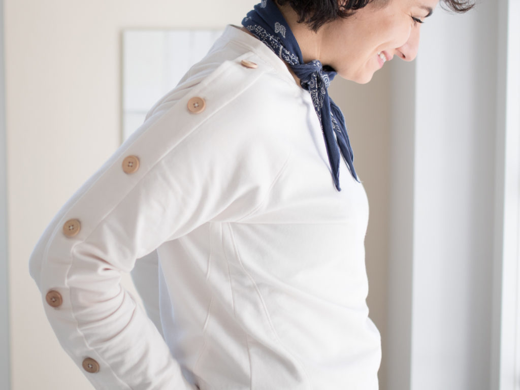 Sweater Wrapped Patternhack Knopfleiste an Ärmel nähen