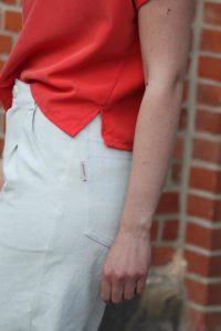 Schnittmuster Blusenshirt Bloom Designbeispiel aus Cupro - Schnittduett moderne Schnittmuster