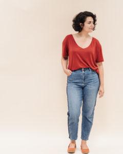 "T-Shirt mit V-Ausschnitt nähen mit dem ""Tomboy"" Schnittmuster T-Shirt V-Ausschnitt für Damen - Schnittduett moderne Schnittmuster für Damen"