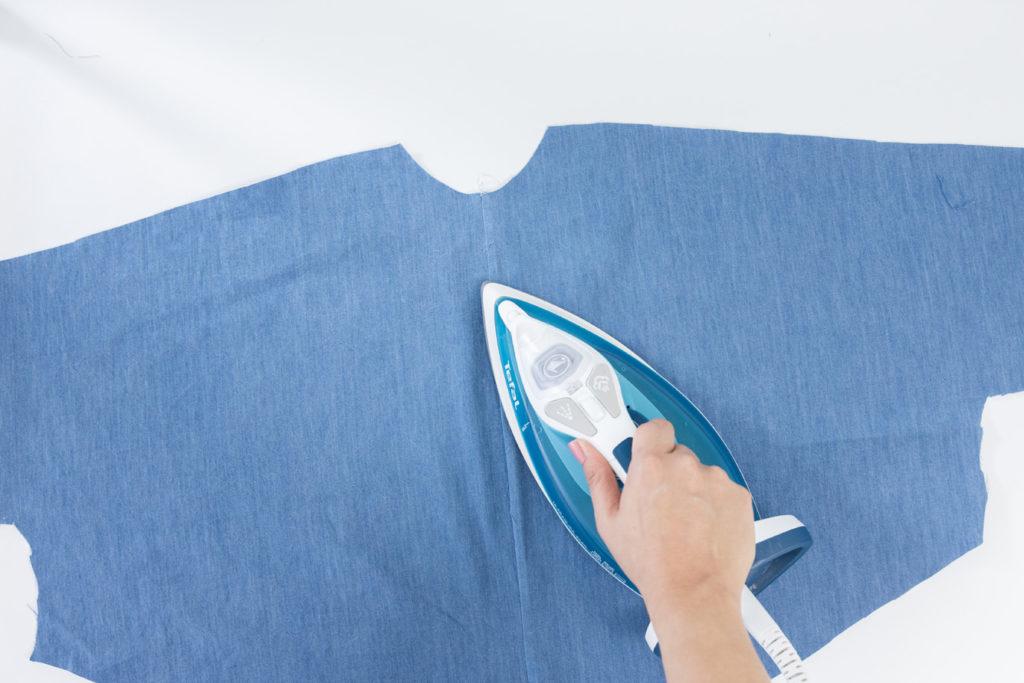 Sew Along Blusenkleid Cocoon Rückennaht bügeln